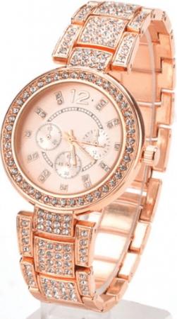Женские наручные часы с Aliexpress на картинке
