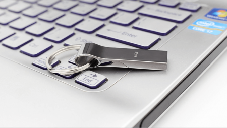 USB флеш-накопитель Techkey (4-64 ГБ) на картинке