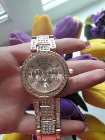 Женские наручные часы с Aliexpress вид