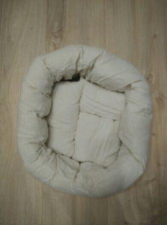 Мягкий пончик для фотосессии новорождённых с AliExpress на столе