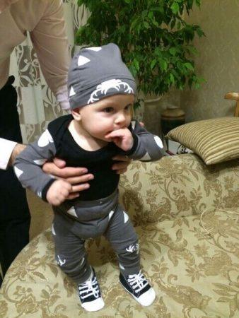 Детский комплект одежды с AliExpress на малыше