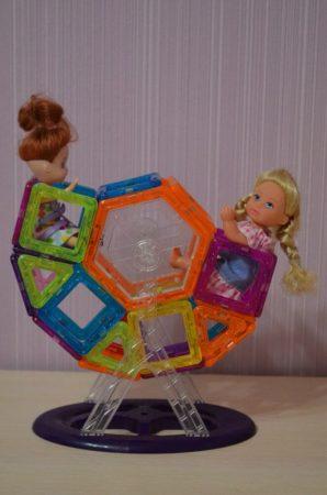 Детский магнитный конструктор с AliExpress карусель