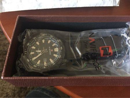 Мужские наручные кварцевые часы с AliExpress упаковка