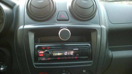 Автомобильный держатель для смартфона с AliExpress в машине