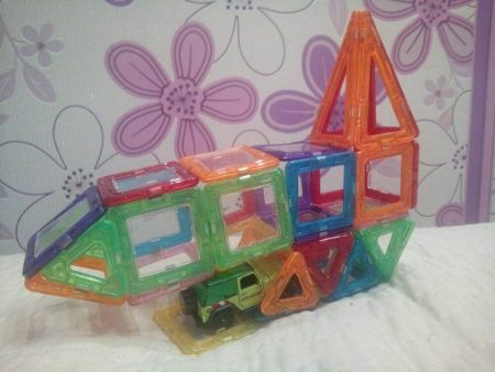 Детский магнитный конструктор с AliExpress дирижабль