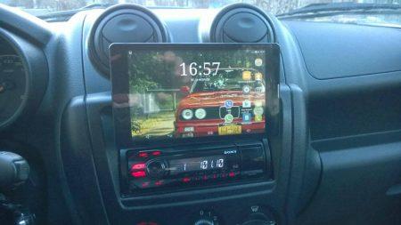 Автомобильный держатель для смартфона с AliExpress в работе
