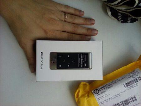 Хороший MP3-плеер с сенсорным экраном с AliExpress в коробке